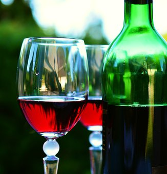 wine-2353696__340.jpg